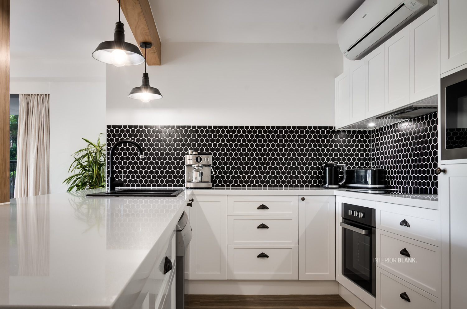 An apartment renovation for an AIRBNB Apartment in Byron Bay, Northern NSW. See the before and after photos of this kitchen.