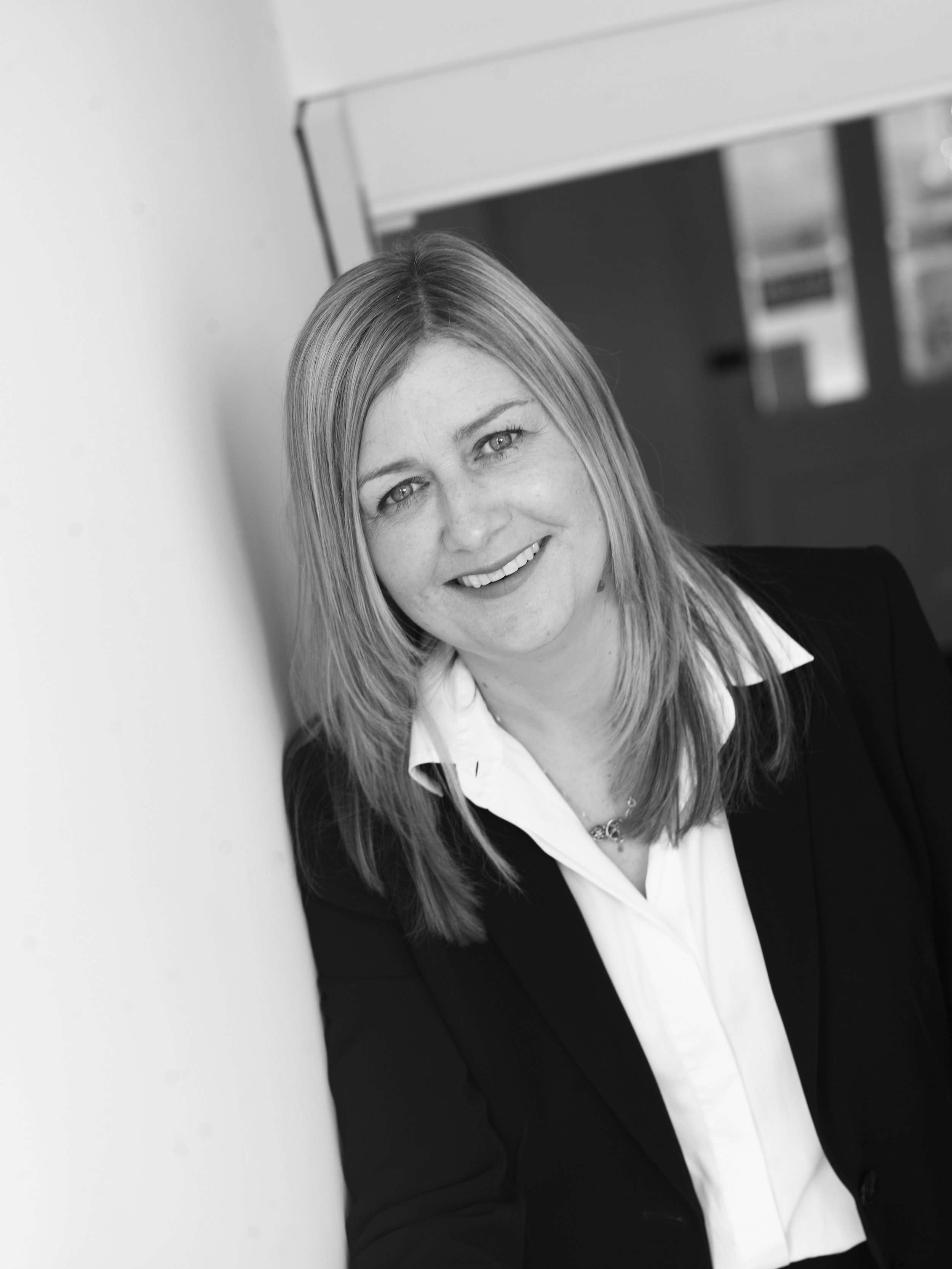 Sarah Jones, Partner and Head of the Family Department at Farnfields in Dorset offers mediation and legal services.