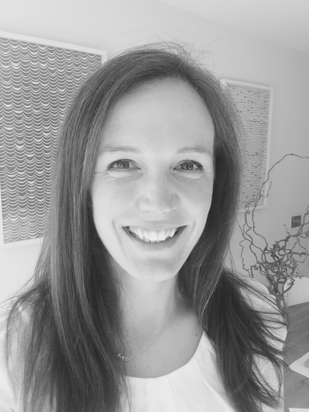 - Dr Molly Anderson is a GP at Gillingham Medical Practice and The Fontmell Clinic. She is also a mother of 2 young girls.