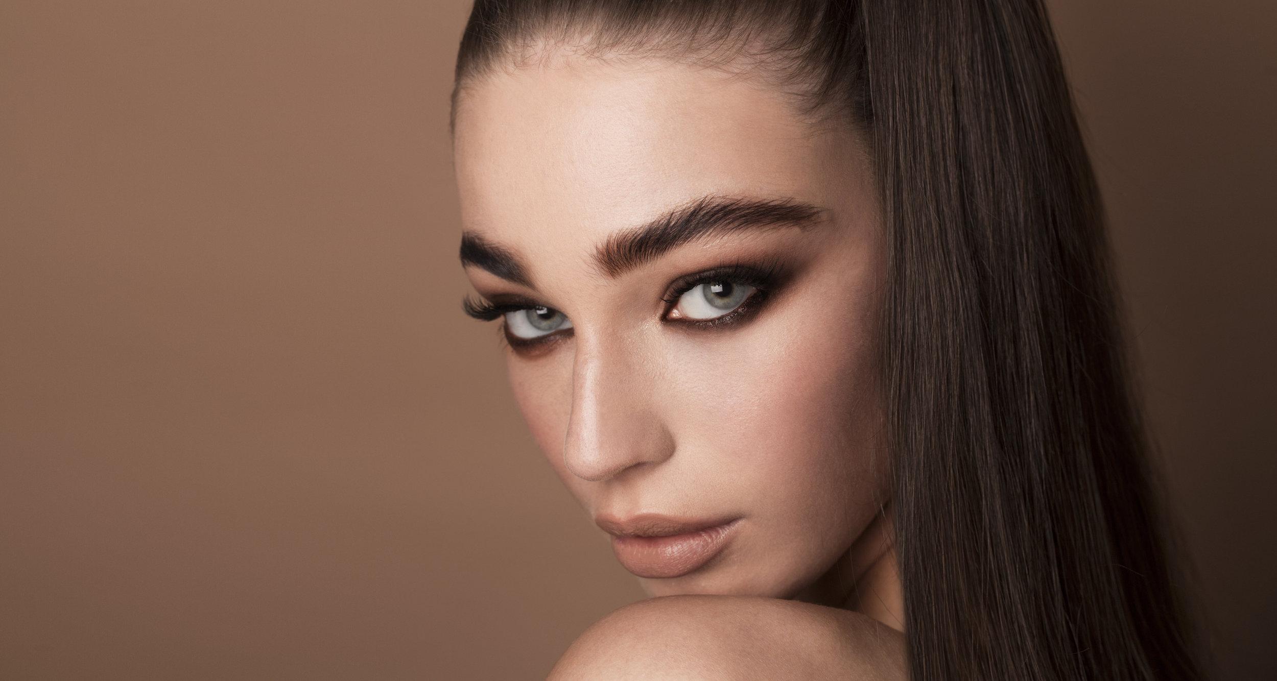 Lauren Beauty-2 copy.jpg
