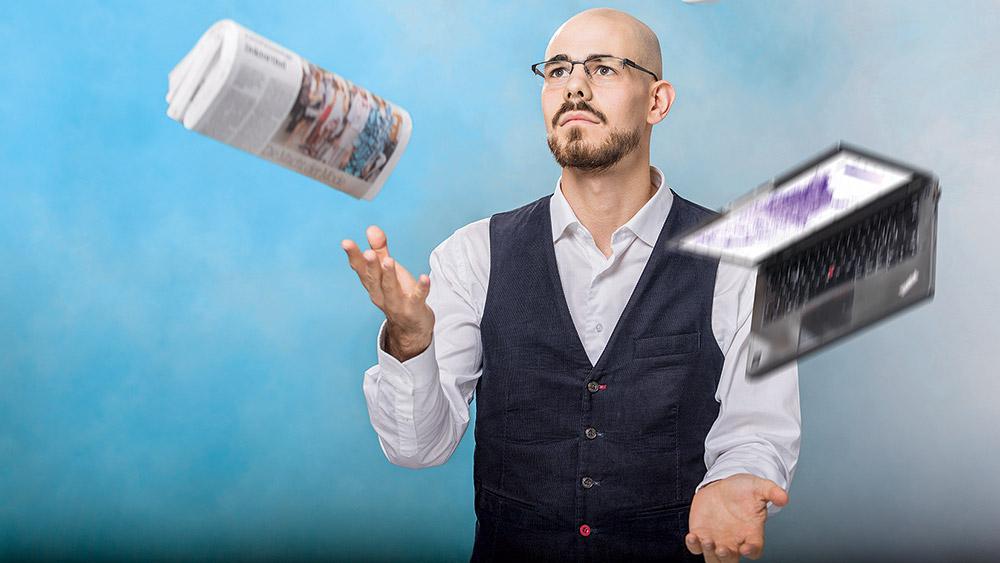 «Anpacken, Machen und Dranbleiben»: So bringt Servan Grüninger seine vielfältigen Tätigkeiten und Verpflichtungen unter einen Hut. (Bild: Frank Brüderli)