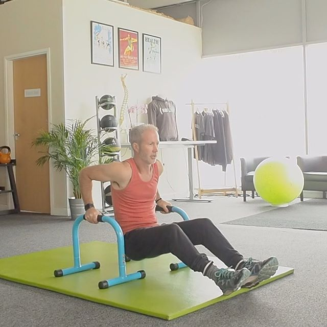TRICEPS .. Want to upgrade your tricep dips? Try using paralettes. You'll be able to increase your range, making the exercise more challenging. .. #corestrength #bristol #corestrengthstudios #exercise #rehabilitation #sportstherapy #physio #backpain #physiobristol #personaltrainerbristol #triceps #tricepdips #exercisemotivation