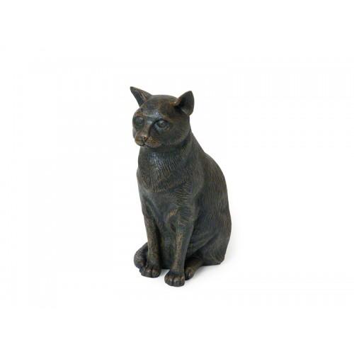 CASCA-BRZ  Deze mooie zittende kat urn geeft u een hele mooie herinnering aan uw geliefd huisdier.  Dit exclusieve door Petributes vervaardigde beeld word in hars gegoten en met de hand afgemaakt met een antiek bronzen finish.  De urn bevat een memory capsule waarin u een aandenken kunt bewaren zoals een naamplaatje of foto.  CASCA-BRZ € 85,00 / 2500 CC
