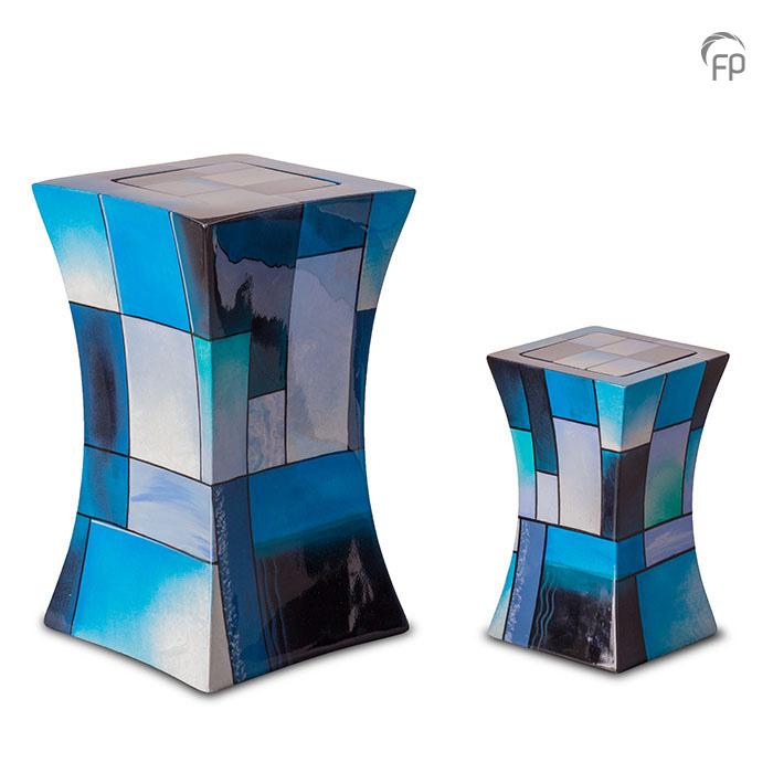 GFU 220   GFU 220 S  Glasfiber urn diabolo blauw  GFU 220 € 229,00 / 3.80 L / H 29 CM  GFU 220 S€ 179,00/1.10 L/H 19 CM