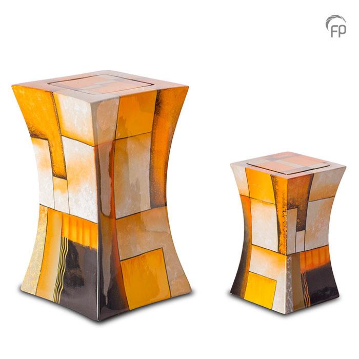 GFU 222   GFU 222 S  Glasfiber urn diabolo oranje.  GFU 222 € 229,00 / 3.80 L / H 29 CM  GFU 222 S€ 179,00/1.10 L/H 19 CM