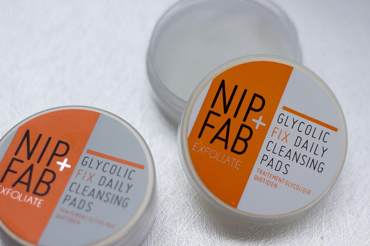 Les-Naly-Beauty-Review-Nip-Tuck-5.jpg