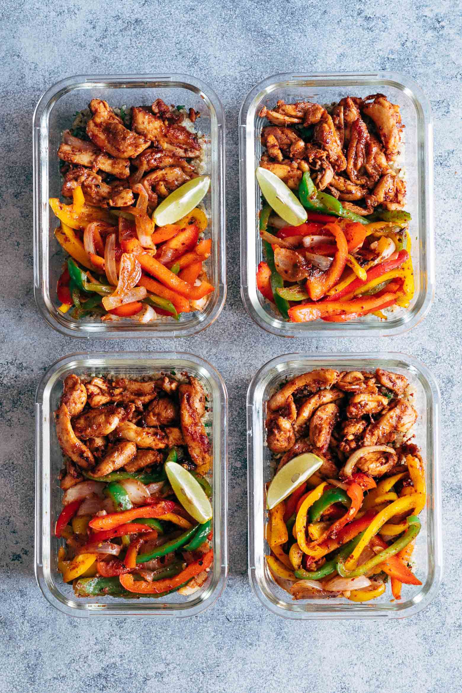 Chicken-Fajita-Meal-Prep-Lunch-Bowls-with-Cilantro-Lime-Quinoa-2.jpg