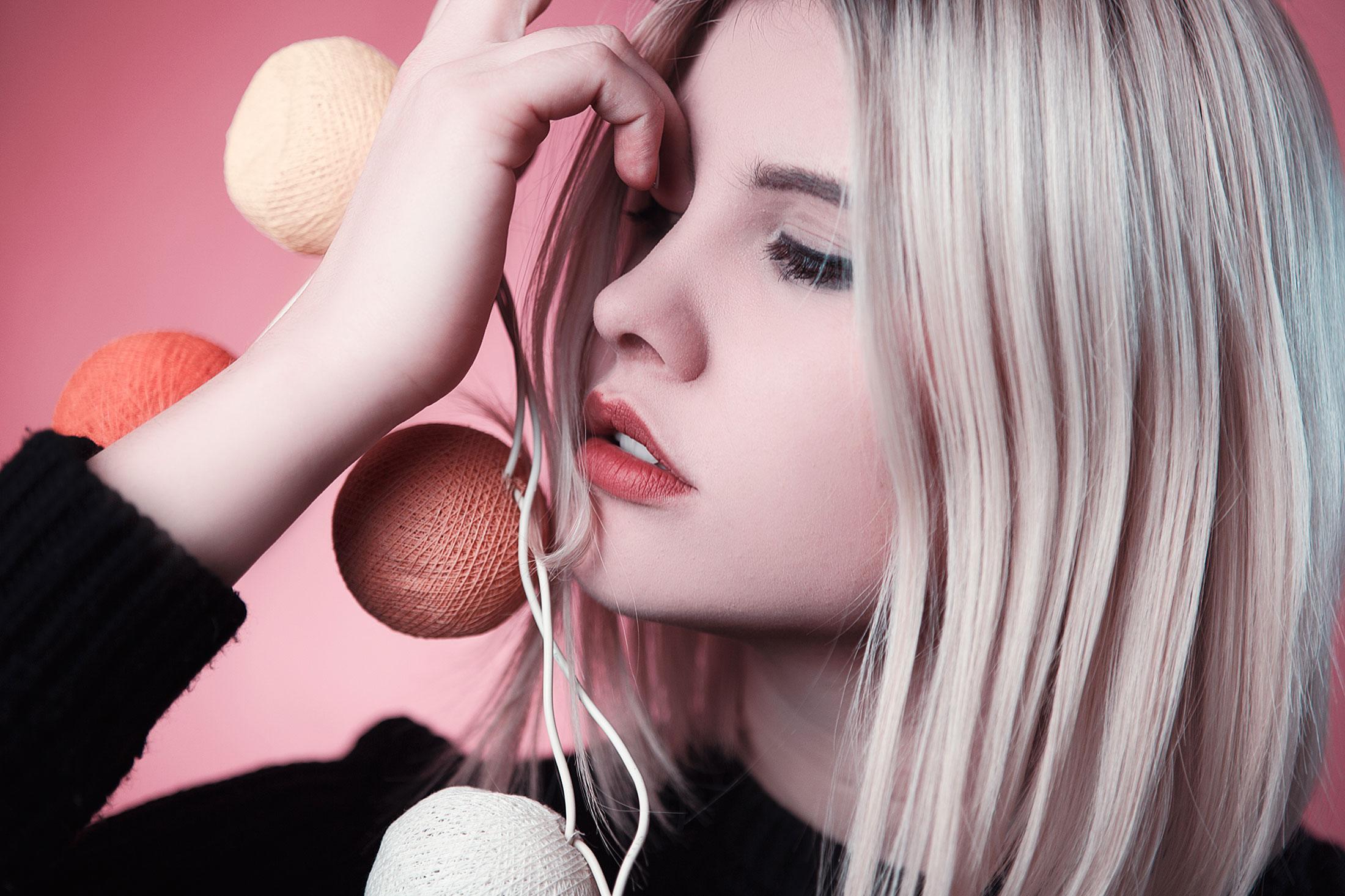Les-Naly-Makeup-Girl-Women-Beauty-01.jpg