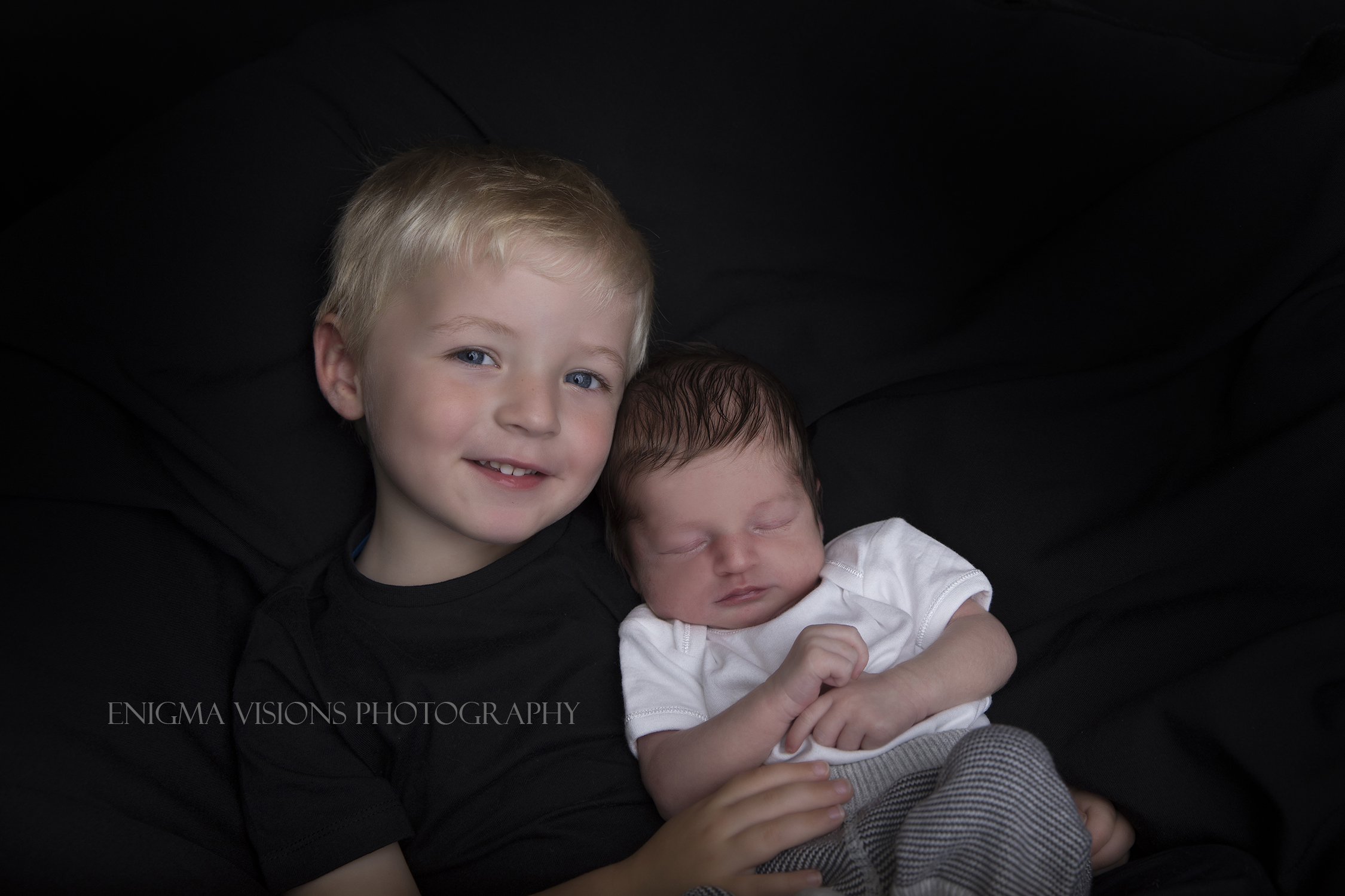 Newborn_Harvey_EnigmaVisionsPhotography (5).jpg
