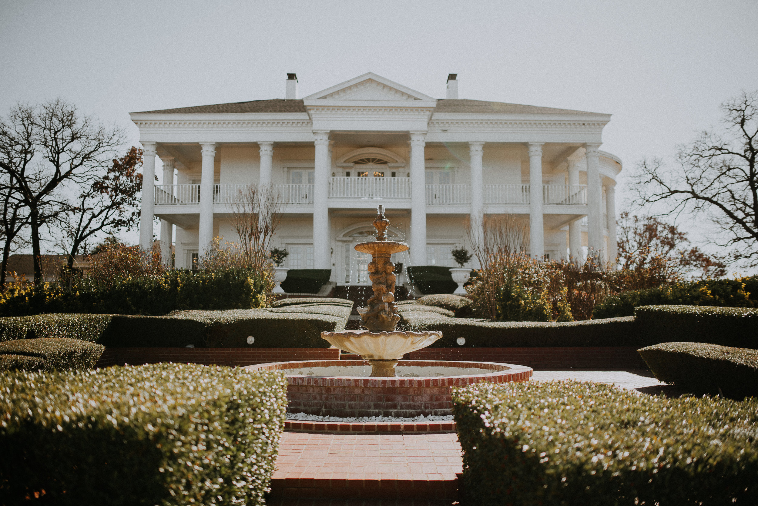Dallas_Fort_Worth_wedding_Photographer_lone_star_mansion_burleson_texas_01