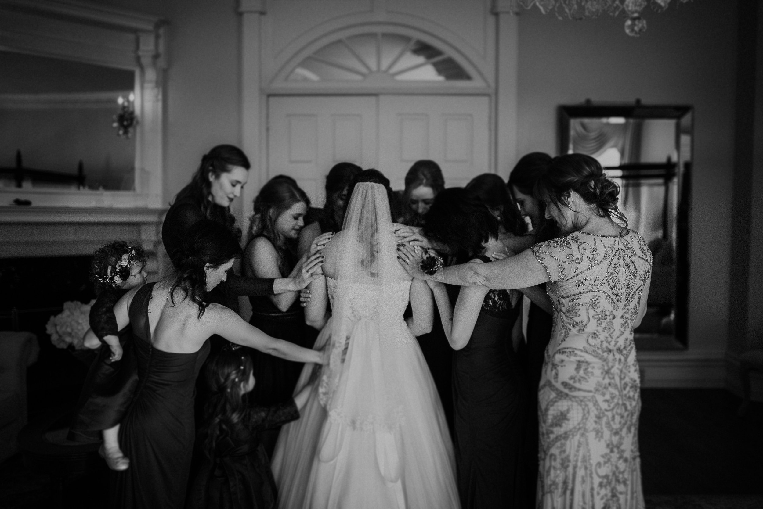 Dallas_Fort_Worth_wedding_Photographer_lone_star_mansion_burleson_texas_42