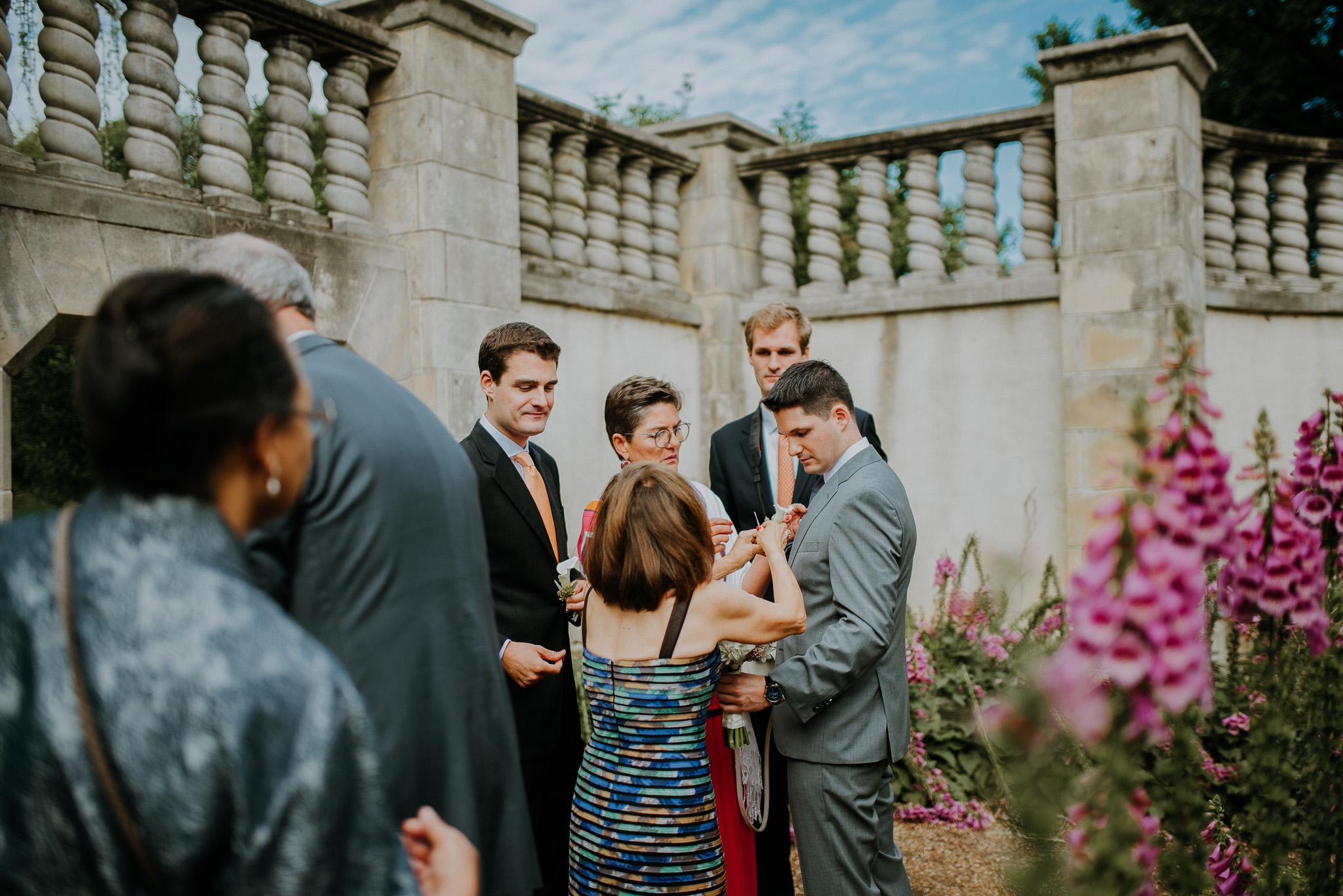 Dallas-fort-worth-wedding-photographer-dallas-arboretum-intimate-wedding-dallas-texas-01