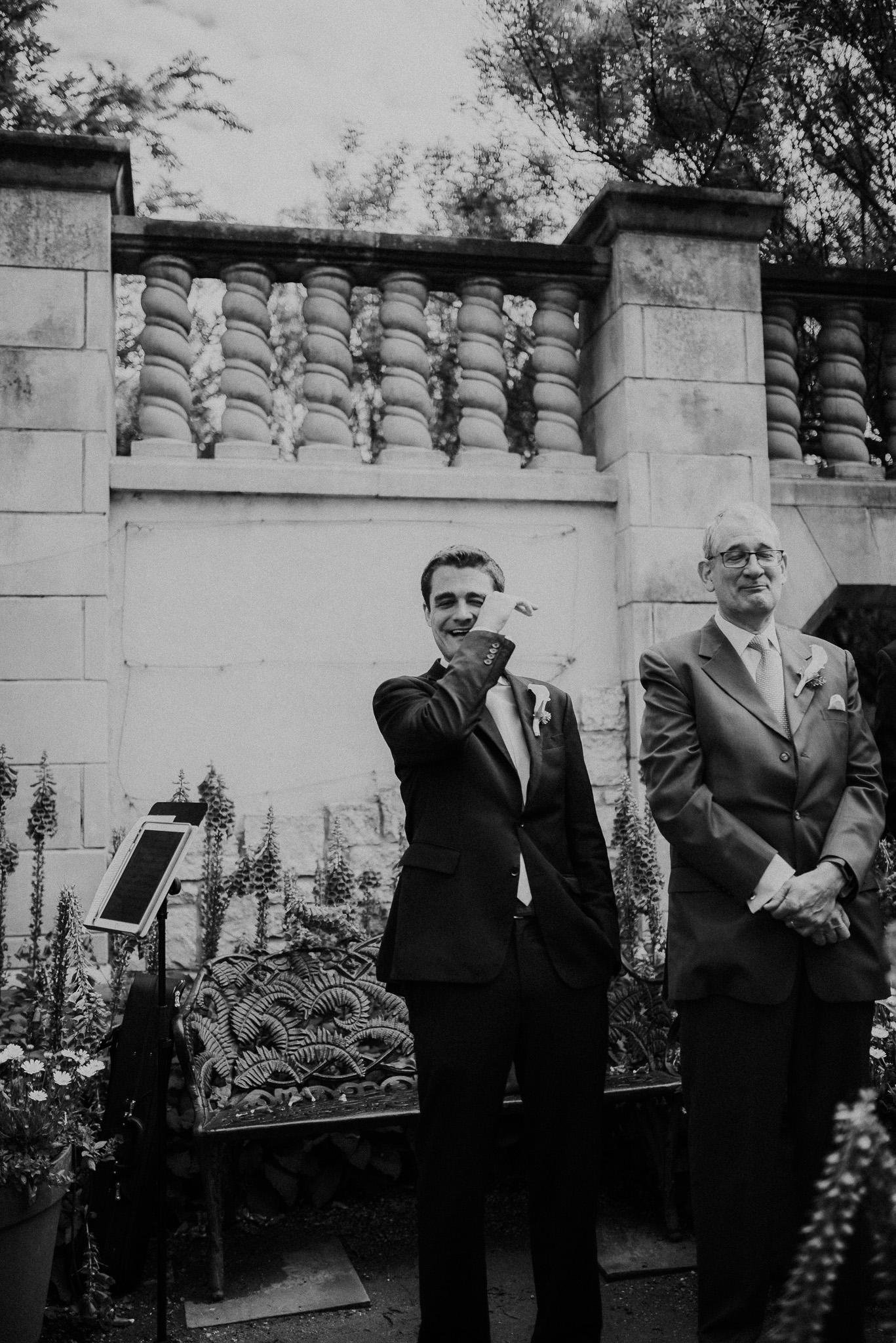 Dallas-fort-worth-wedding-photographer-dallas-arboretum-intimate-wedding-dallas-texas-10