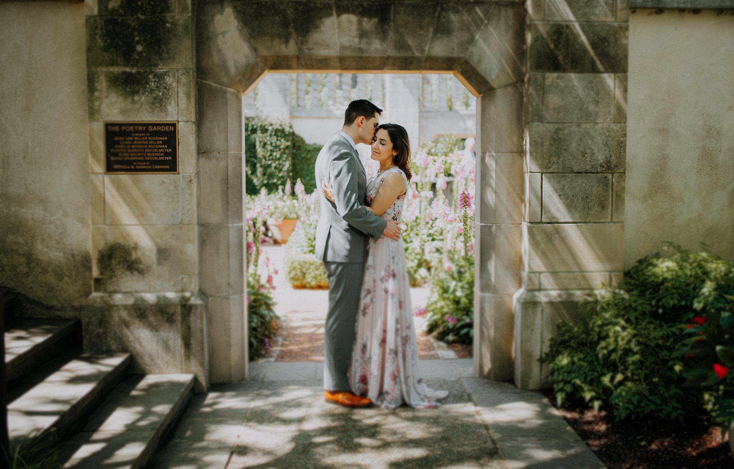 Dallas-fort-worth-wedding-photographer-dallas-arboretum-intimate-wedding-dallas-texas-18