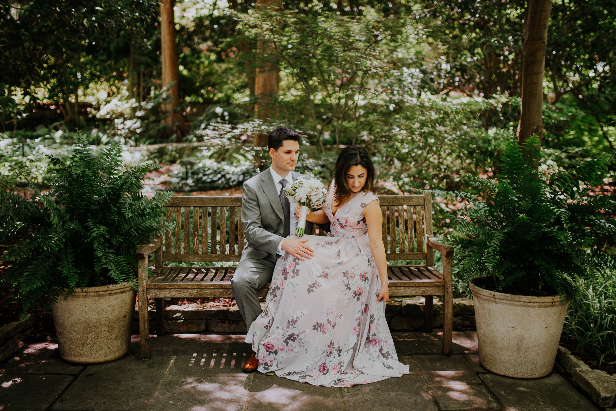 Dallas-fort-worth-wedding-photographer-dallas-arboretum-intimate-wedding-dallas-texas-26