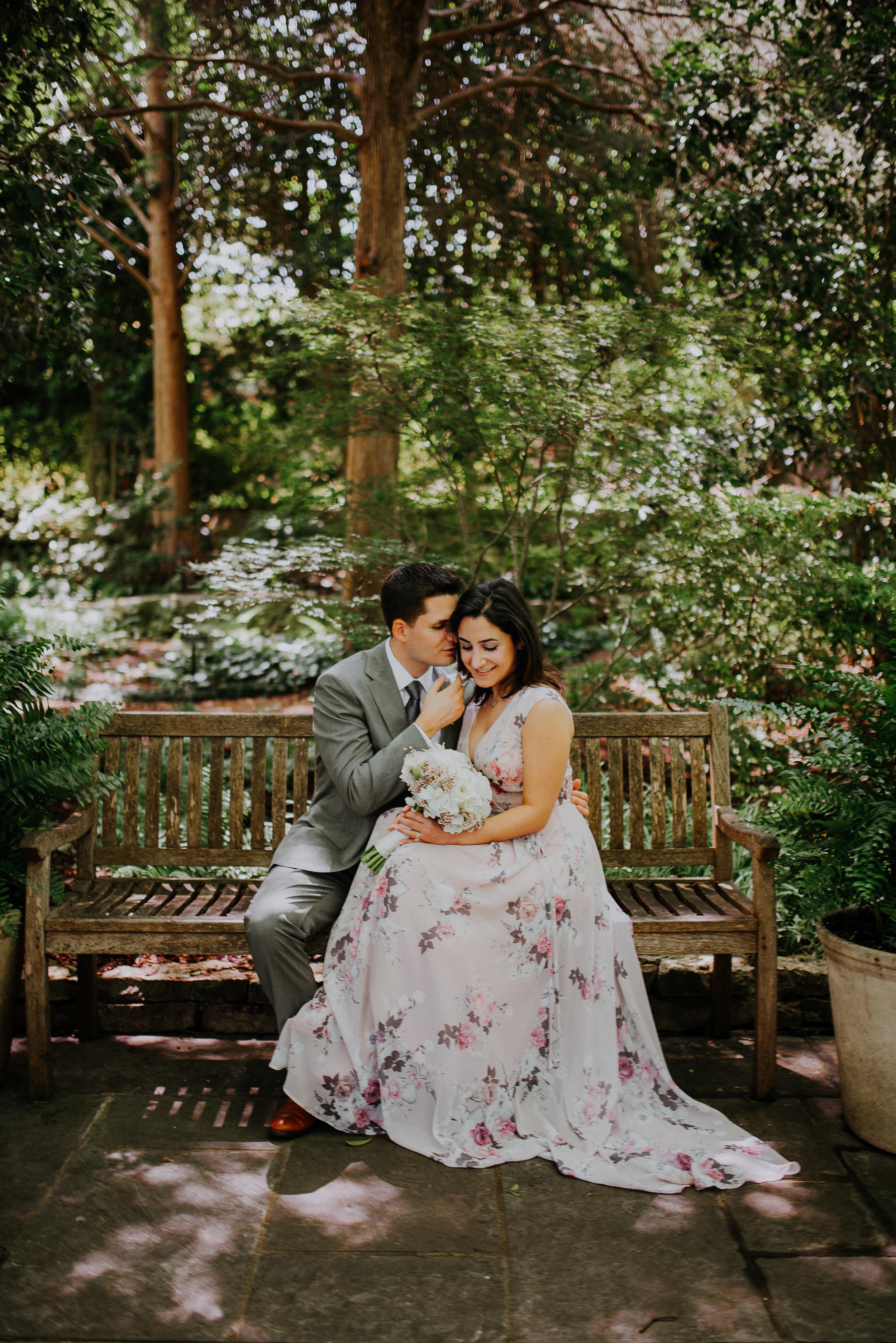 Dallas-fort-worth-wedding-photographer-dallas-arboretum-intimate-wedding-dallas-texas-29