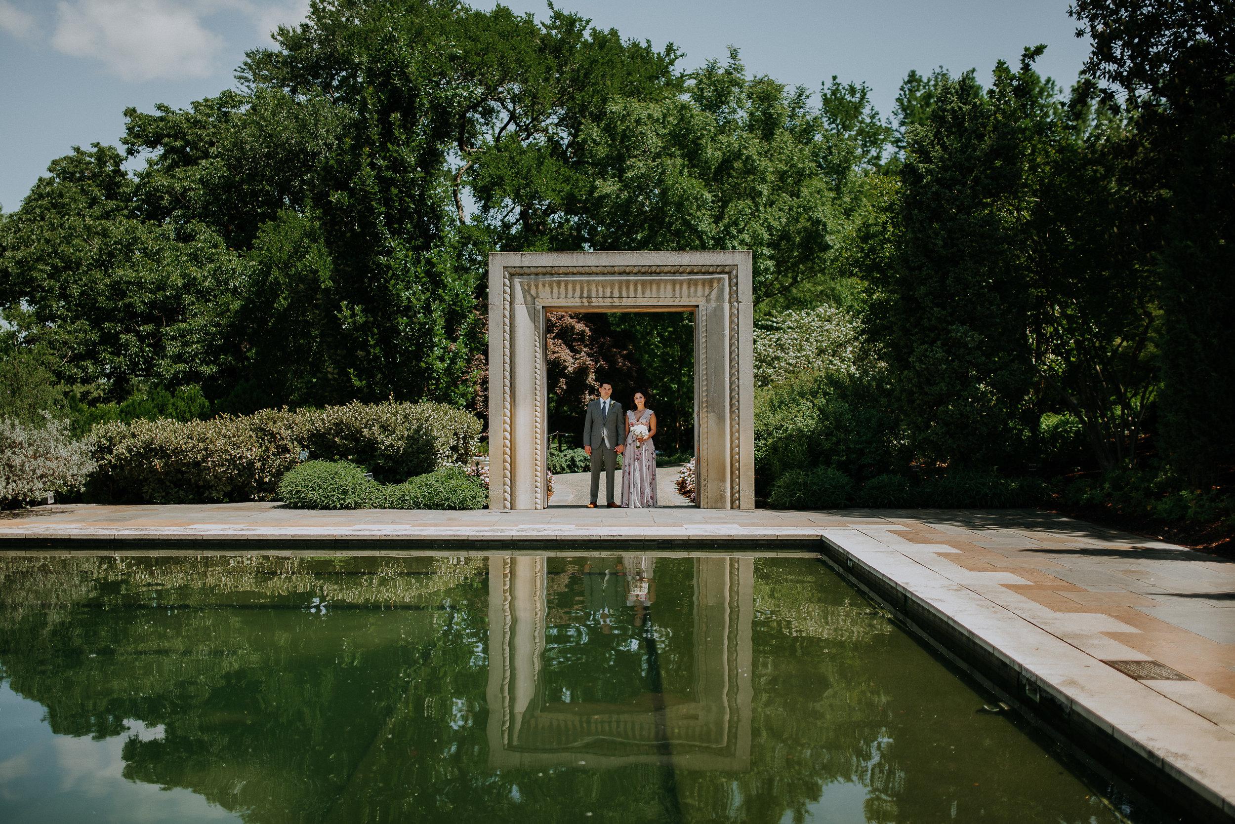 Dallas-fort-worth-wedding-photographer-dallas-arboretum-intimate-wedding-dallas-texas-35