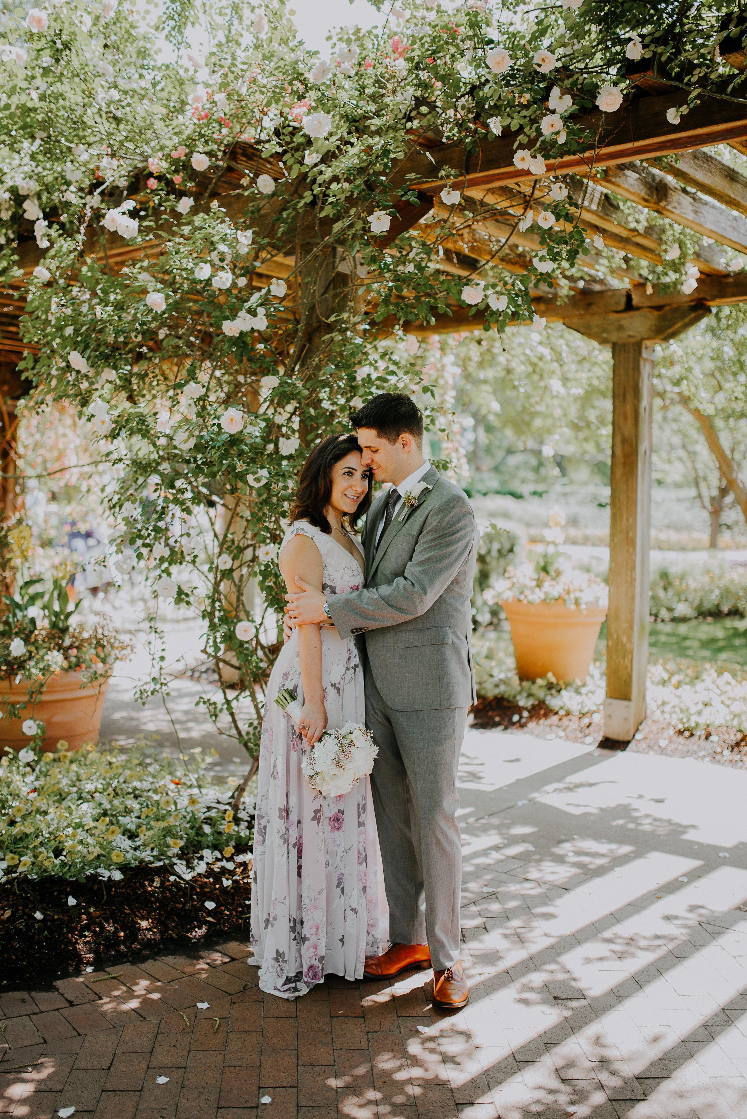 Dallas-fort-worth-wedding-photographer-dallas-arboretum-intimate-wedding-dallas-texas-41