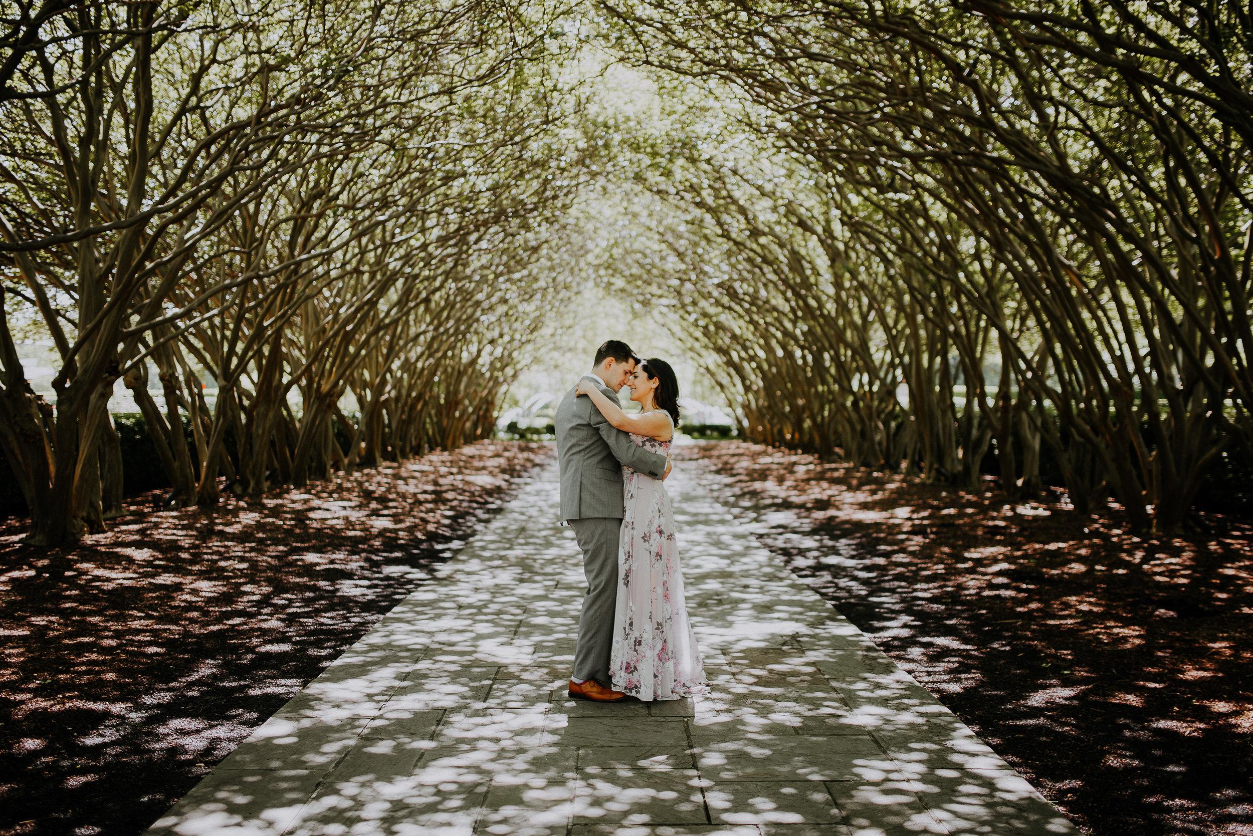 dallas-fort-worth-wedding-photographer-intimate-wedding-dallas-arboretum-01