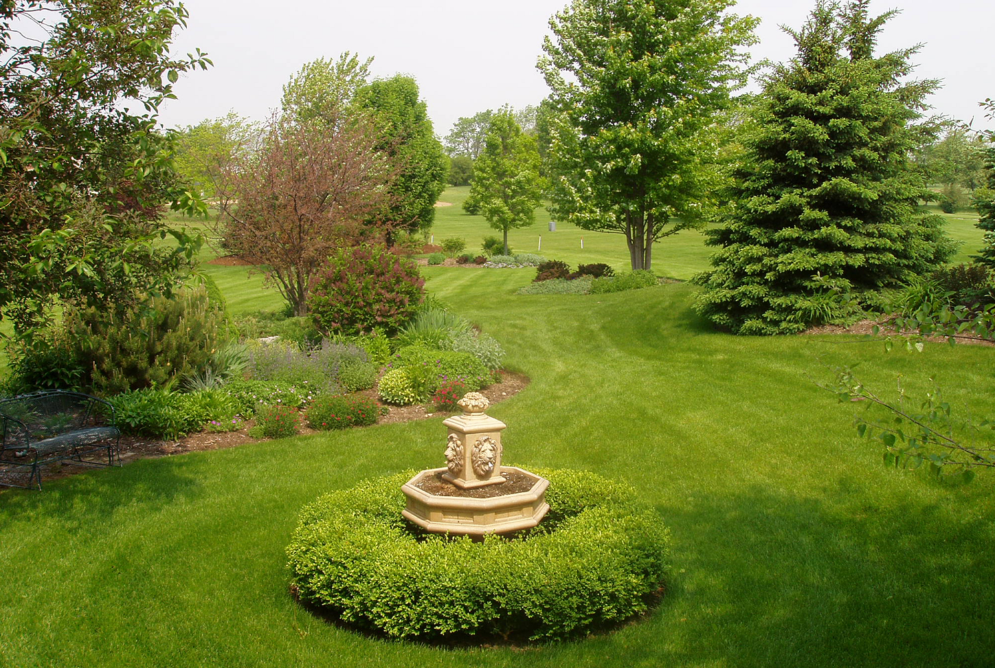 Landscape design before renovation in St Charles, IL