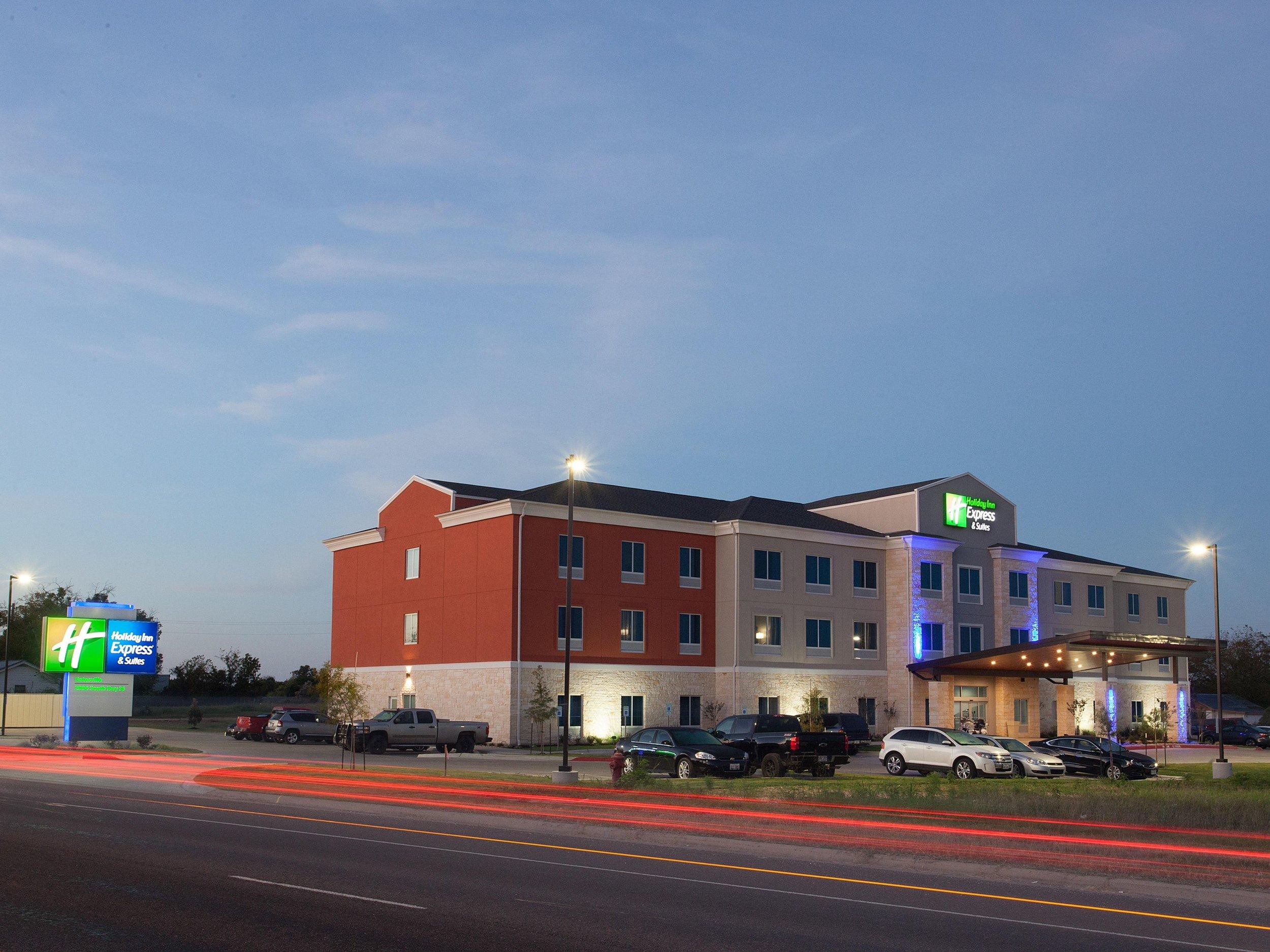 Holiday Inn Express - Address:South, 2904 TX-36, Gatesville, TX, 76528Phone:(254) 404-9121
