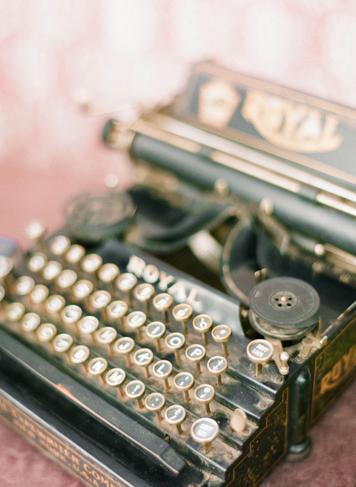michelle march photography typewriter