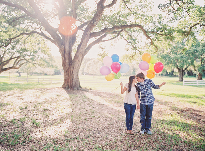 Michelle-March-Photography-Wedding-Engagement-Miami-South-Florida-Photographer-balloons-9