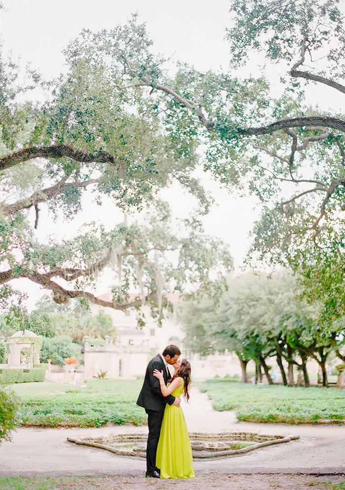 Michelle-March-Photography-Vizcaya-Engagement-Photographer-Miami-Vintage-4