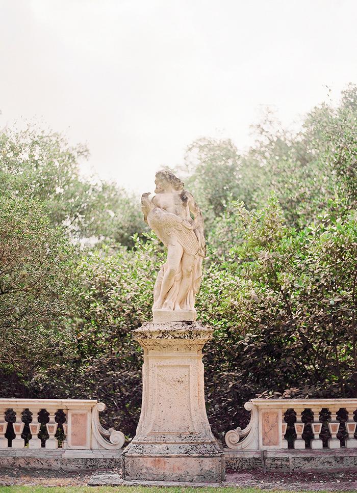 Michelle-March-Photography-Vizcaya-Engagement-Photographer-Miami-Vintage-6