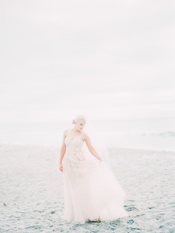 Michelle-March-Photography-Wedding-Photographer-Miami-Wedding-Photography-Naples-Florida-Beach-Vintage-15