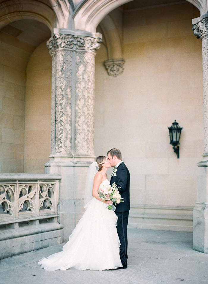 Michelle-March-Photography-Wedding-Photographer-Biltmore-Estate-Asheville-North-Carolina-Romantic-Film-Photo-Vintage-8