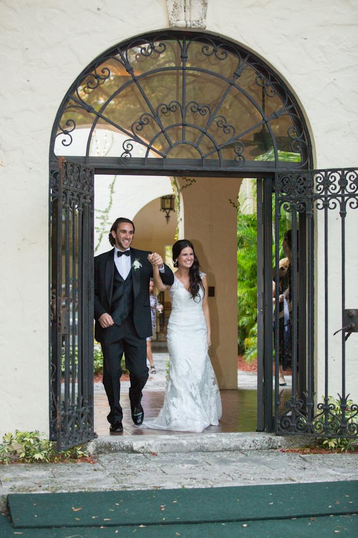 Michelle-March-Photography-Miami-Wedding-Photographer-Villa-Woodbine-Coconut-Grove-Vintage-Romantic-Spring-Florida-Michellemarch-Jewish-21