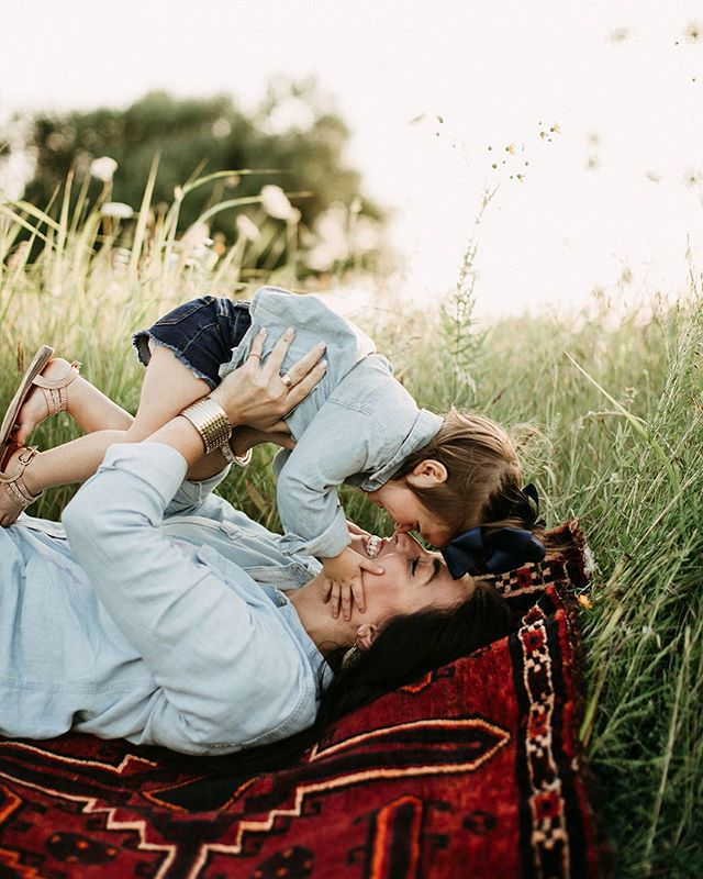 So dead over how ridiculously precious this little mommy and me session was! ALL THE WAY DEAD.