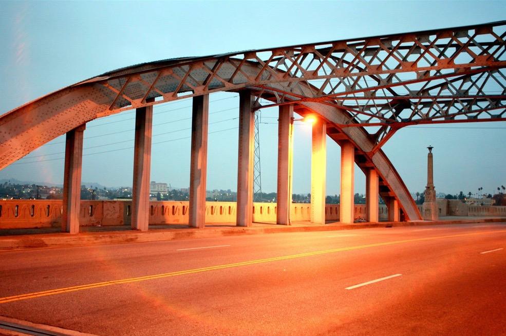 Streetlight atop 6th Street bridge