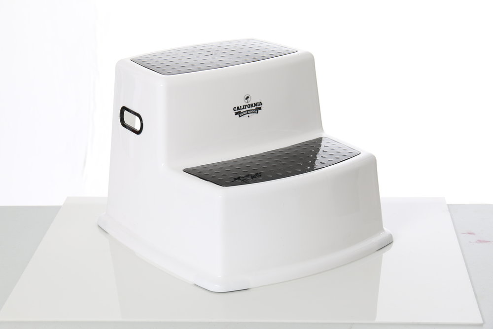 Photo of step stool for Amazon