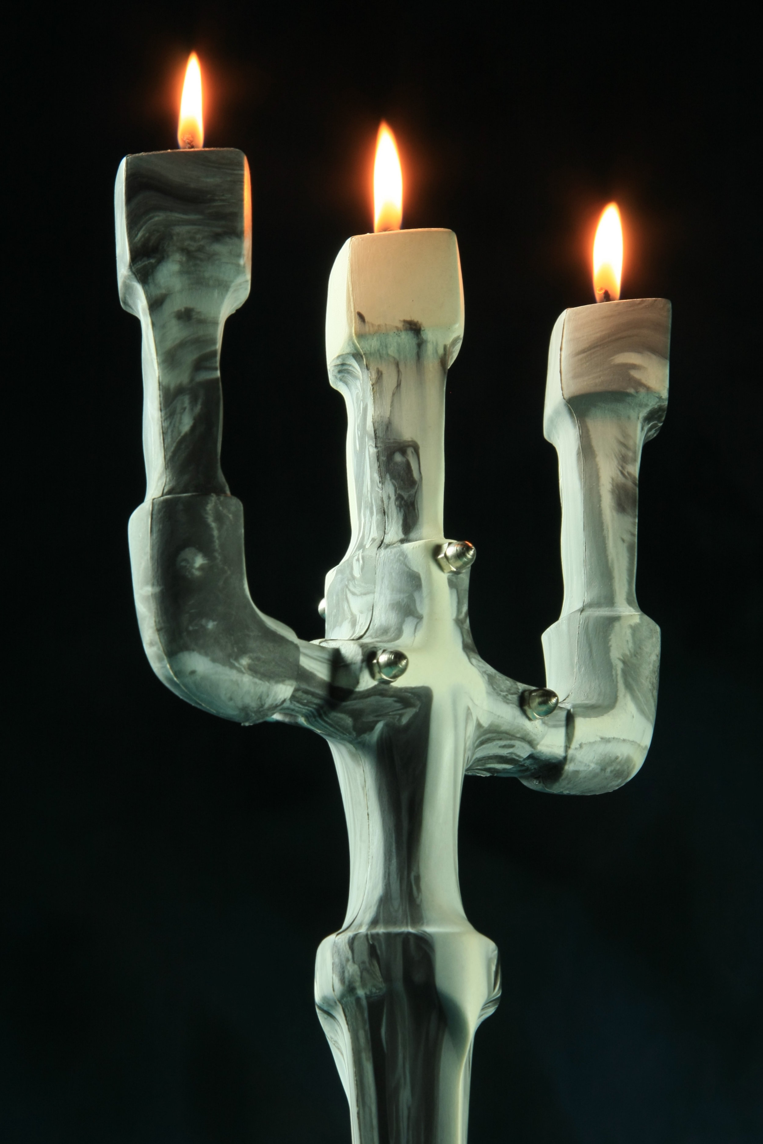 3 candle stick holder