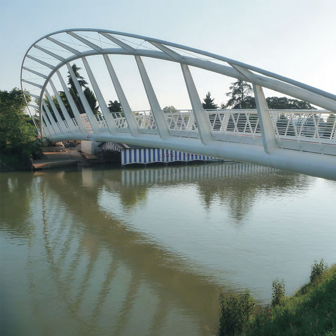 Rarinantes Footbridges