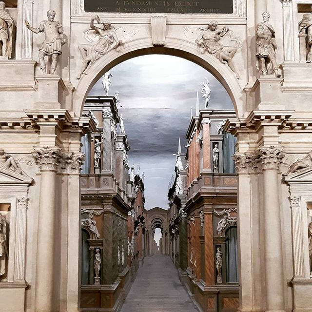 Today I'm working at the Olympic Theater in Vicenza... one of the most ancient theatres in the world (1500)... it's an honor to walk this stage!  #setdesign #theater #drama #award #madeinitaly #vicenza #scenography #master #palladio