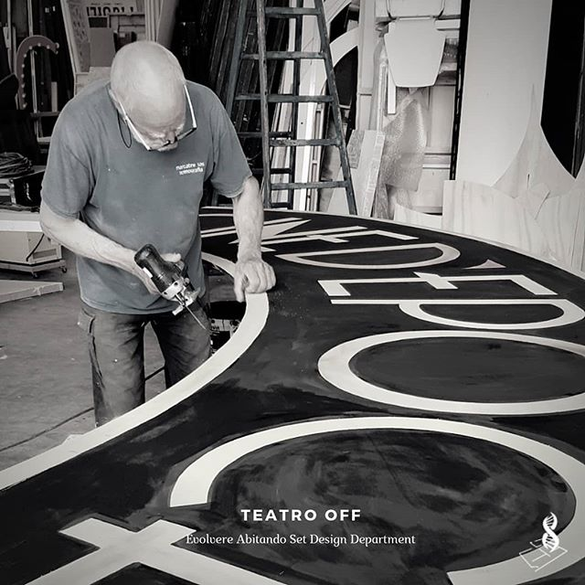 TEATRO OFF Set Design Department by Evolvere Abitando . . . #setdesign #props #theater #entertainment #cinema #movies #designing #drawing #tolls #artisan #artwork #artadvisor #losangeles #venezia #london #mastercraft #oldschool #dinozorzenon