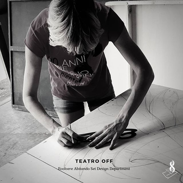 TEATRO OFF Set Design Department by Evolvere Abitando . . . #setdesign #props #theater #entertainment #cinema #movies #designing #drawing #tolls #artisan #artwork #artadvisor #losangeles #venezia #london #mastercraft #oldschool #fabriziazorzenon