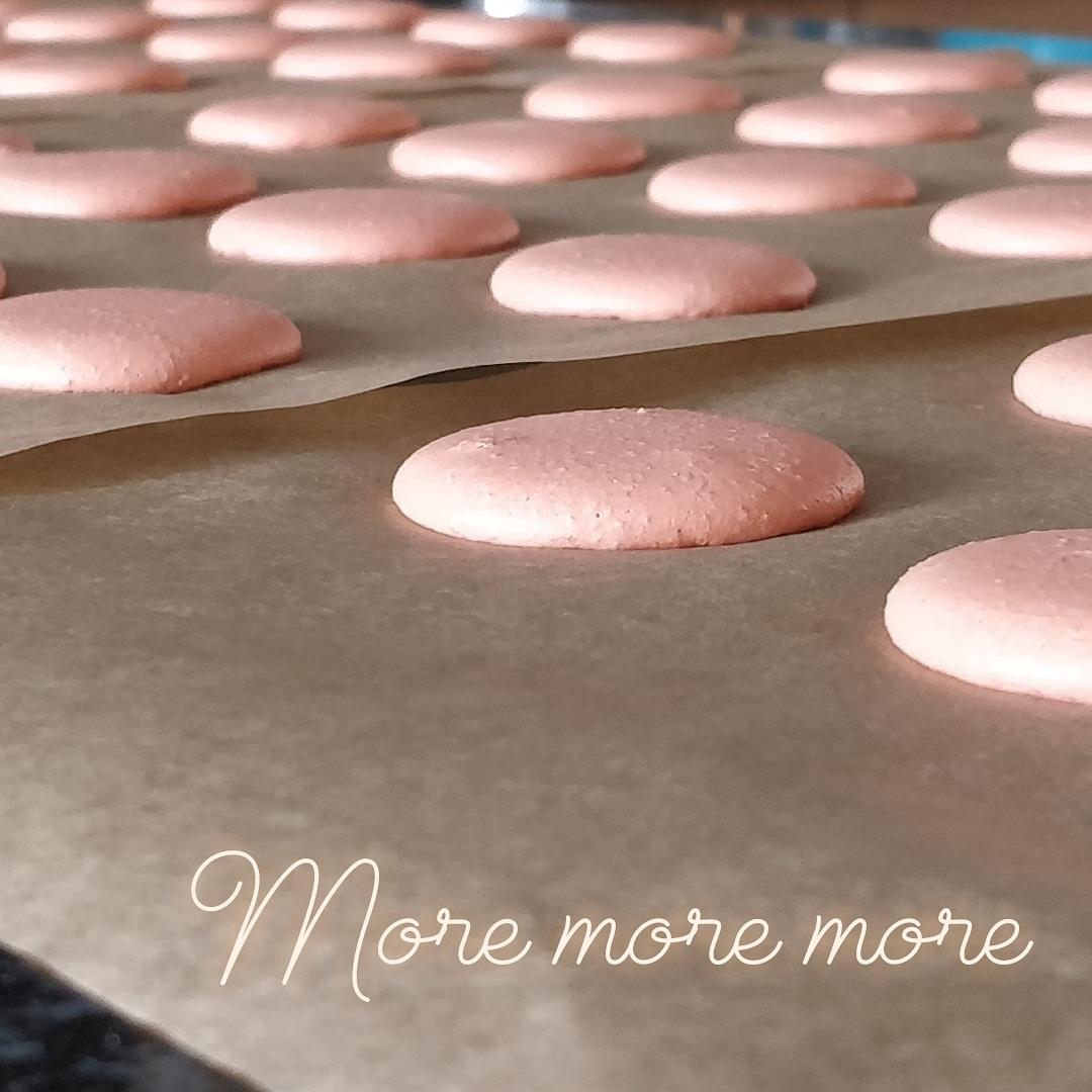 Mauderne Macarons.jpg