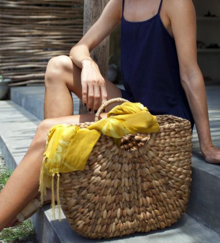 Bella Medium - Beach Basket