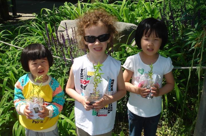 kids&flowers copy.jpg