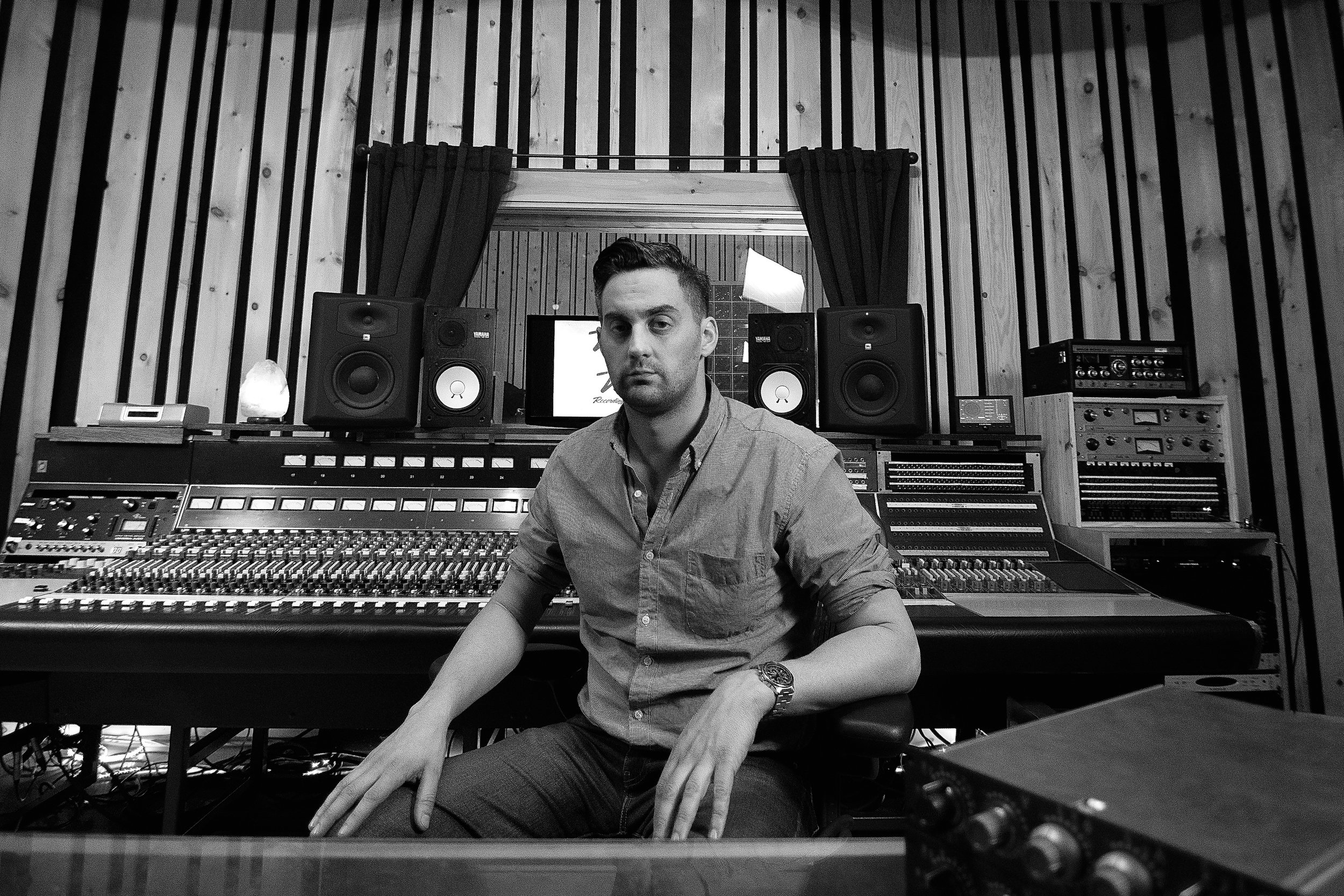 Anthony-Rocky-Gallo-Virtue-And-Vice-Studios-Brooklyn-NY-Neve-Console1.jpg