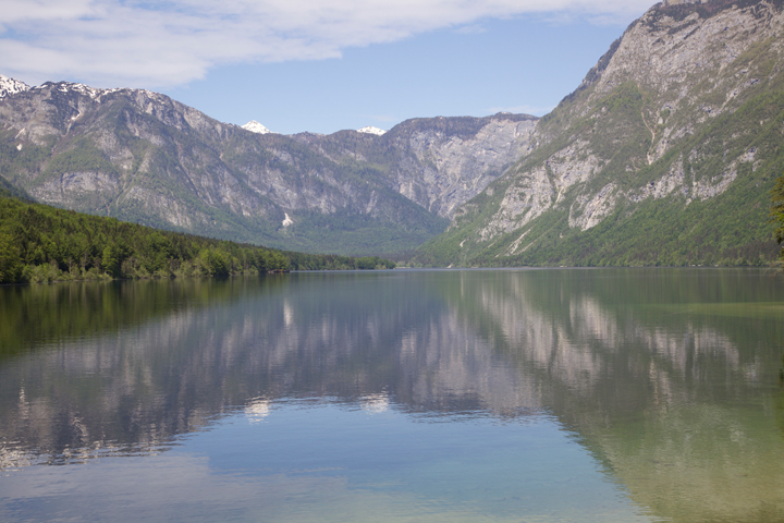 Bohinj-lake-reflection.jpg