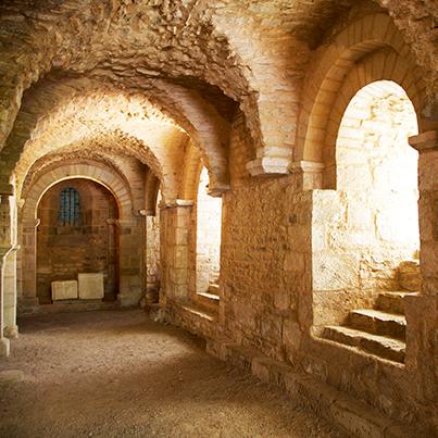Flavigny crypt archways