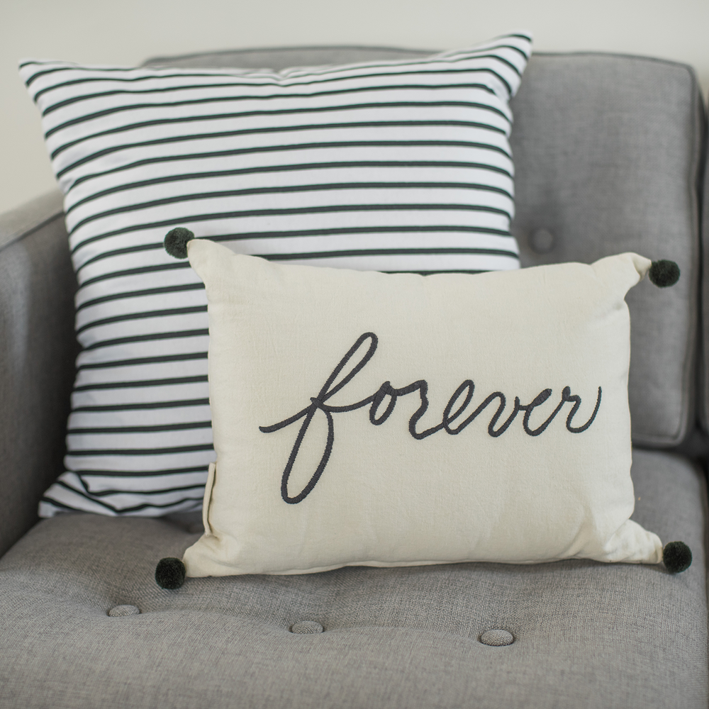 DB_5212833_ForeverStripePillows.png