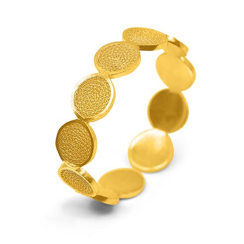 Olmos.GoldBracelet.WEB.jpg