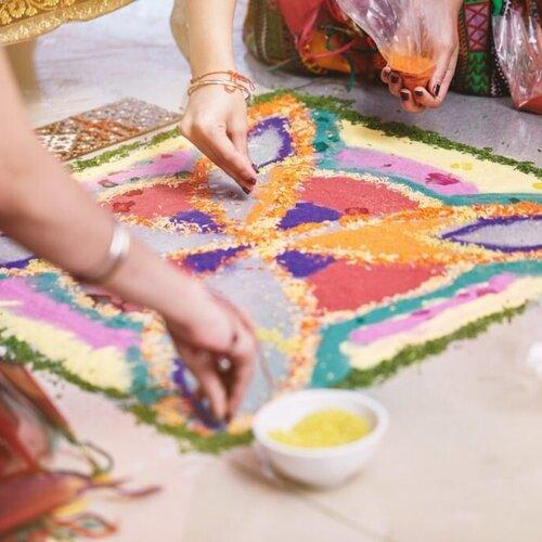 beautiful-rangoli-designs-to-inspire-you-this-diwali-1024x682.jpg