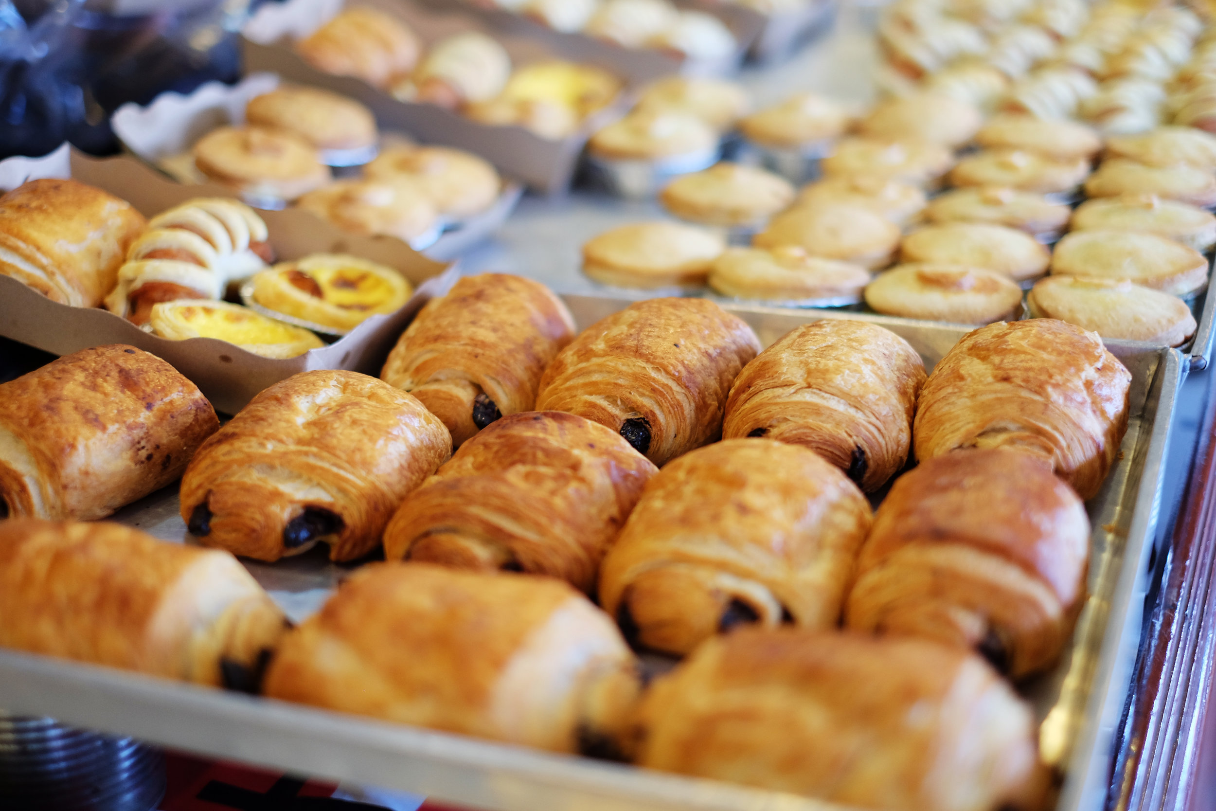 croissant& pain au chocolat - Order your viennoiseries and keep them frozen until christmas day* in oven for 20mn* sit for 5mn* ready to serve !For twelvecroissant : $39pain au choc : $45available on order 24h notice